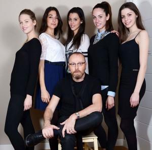 Nino Lettieri con il gruppo di Miss Italia
